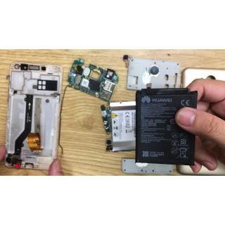Thay pin điện thoại Huawei chính hãng giá rẻ lấy ngay
