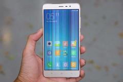 Màn hình Xiaomi bị sọc có cần phải thay không?
