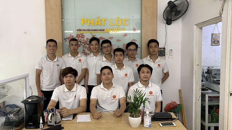 Đội ngũ sửa chữa tại Phát Lộc Mobile