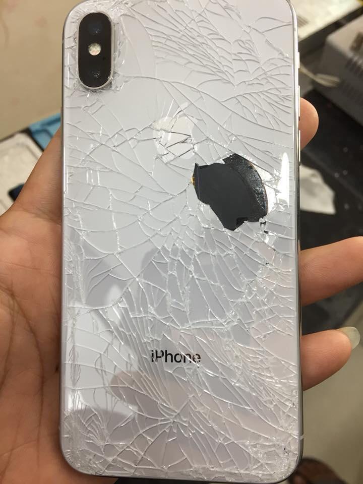 Kết quả hình ảnh cho Thay kính lưng Iphone X